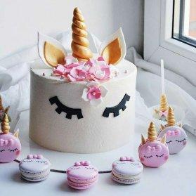 مینی کیک و ماکارون های فانتزی جشن تولد دخترونه با تم یونیکورن (Unicorn)