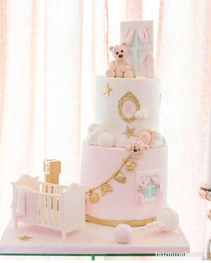 کیک چند طبقه جشن بیبی شاور دخترونه با تم سفید صورتی و خرس تدی