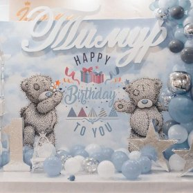 دکوراسیون و بادکنک آرایی جشن تولد پسرونه با تم خرس تدی و ستاره سفید طوسی آبی