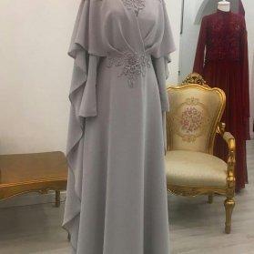 پیراهن پوشیده و شیک با پارچه حریر طوسی رنگ مدلی زیبا برای عروس خانم ها در مراسم عقد محضری
