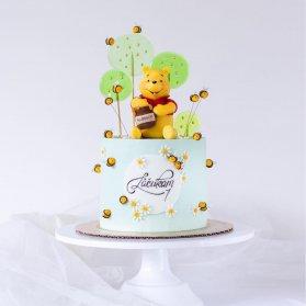 کیک فانتزی جشن تولد کودک با تم پو و زنبور عسل