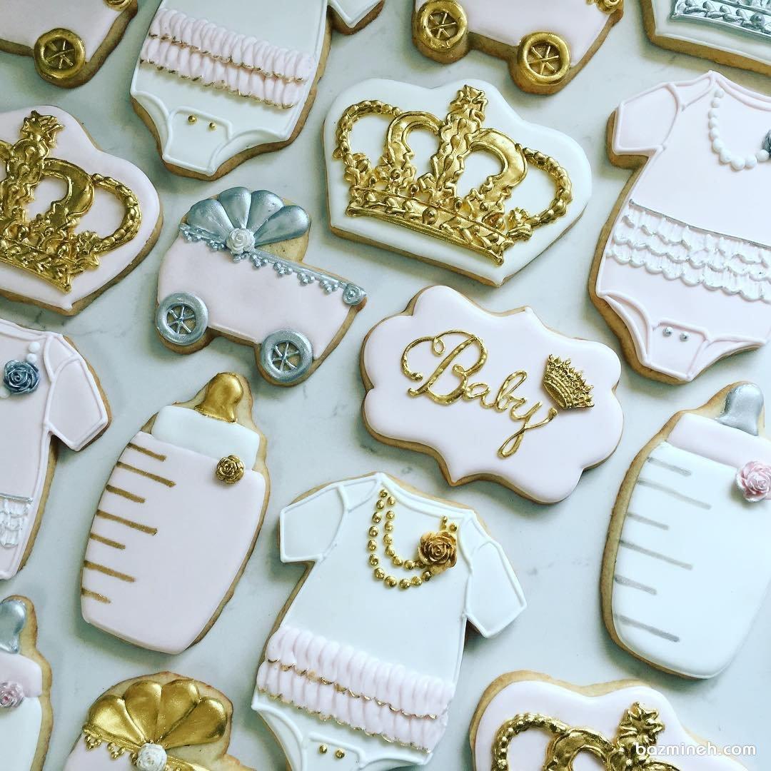 کوکی های ریزه میزه جشن بیبی شاور با تم سفید طلایی