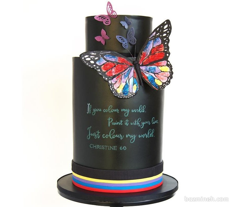 کیک فوندانت جشن تولد بزرگسال با تم تخته سیاه و پروانه