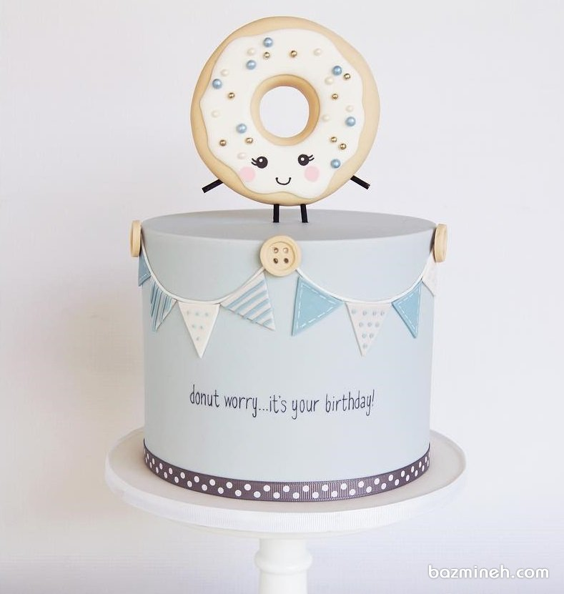 کیک جشن تولد کودک با تم پیراشکی