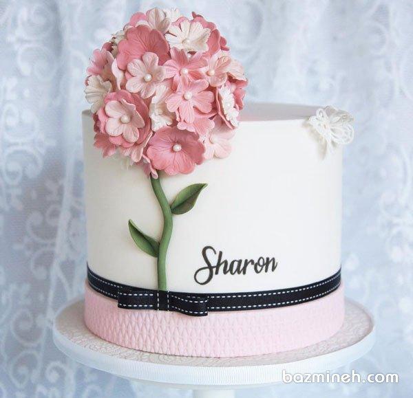 مینی کیک فانتزی جشن تولد دخترونه با تزیین گلهای خمیری فوندانت با تم سفید صورتی