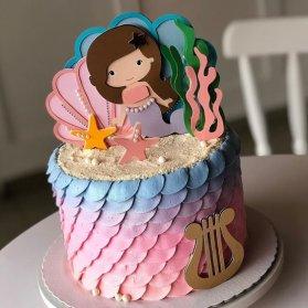 مینی کیک خامهای جشن تولد دخترونه با تم پری دریایی