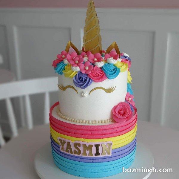 کیک دو طبقه رنگی خامه ای جشن تولد دخترونه با تم اسب تک شاخ (یونیکورن)