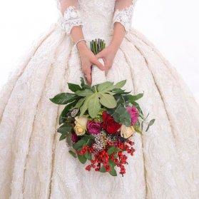 دسته گل متفاوت عروس با تم وینتج