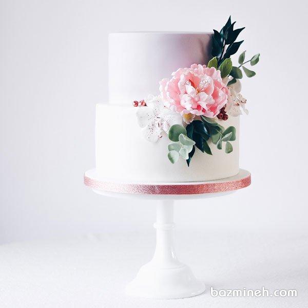 کیک دو طبقه ساده و شیک جشن تولد بزرگسال یا سالگرد ازدواج