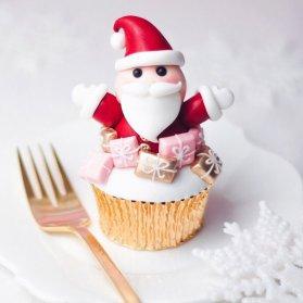 کاپ کیک عروسکی با تم کریسمس و بابانوئل