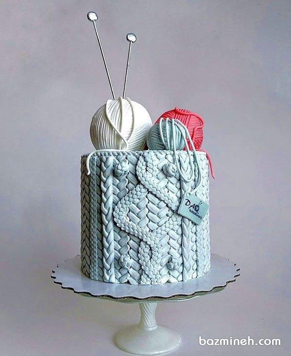 کیک زیبای جشن تولد بزرگسال با تم زمستونی