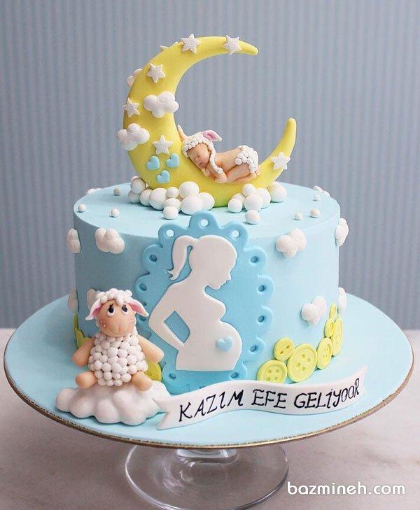 کیک رویایی جشن تعیین جنسیت یا بیبی شاور با تم ماه و ستاره