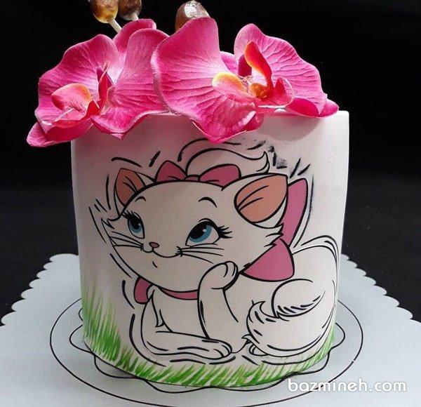 کیک جشن تولد دخترونه با تم کارتون گربههای اشرافی
