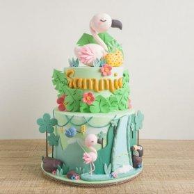 کیک دو طبقه فوندانت جشن تولد دخترونه با تم فلامینگو