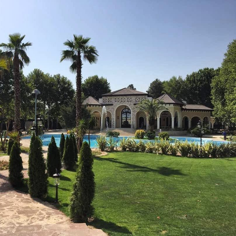 باغ تالار موگه- تشریفات مجیدیان- وبسایت بزمینه