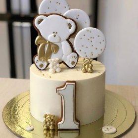 مینی کیک جشن تولد یکسالگی کودک با تم سفید طلایی با تزیین کوکیهای ریزه میزه