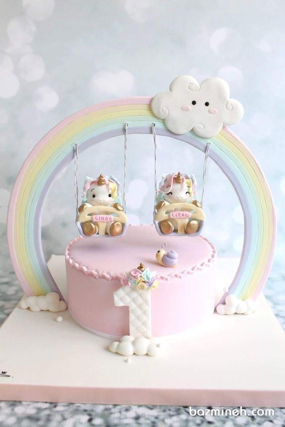 کیک یونیک جشن تولد دخترونه با تم اسب تک شاخ (یونیکورن) و رنگین کمان