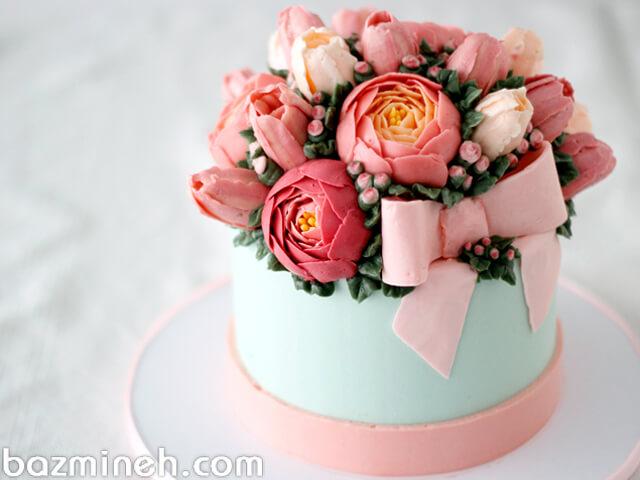 کیک تولد را چگونه با گل تزئین کنیم؟