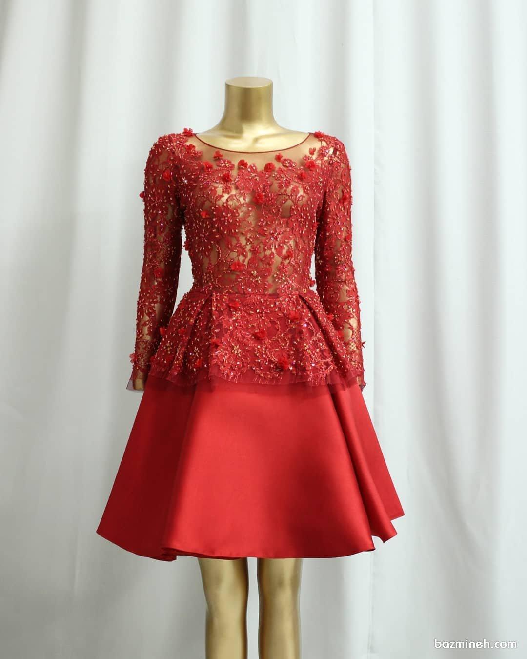 بلوز دامن مجلسی شیک با پارچه ترکیبی گیپور سنگدوزی شده و ساتن مات قرمز رنگ مدلی زیبا برای ساقدوشهای عروس