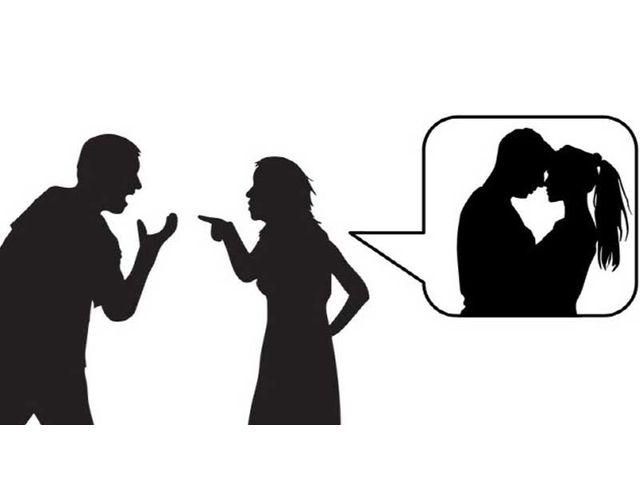 آیا میتوان هم زمان عاشق دو نفر بود؟