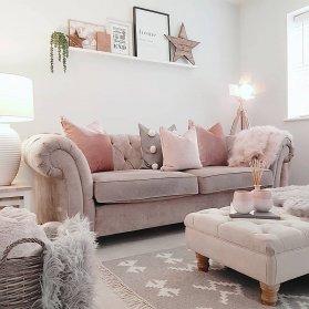 چیدمان منزل نوعروس به سبک رمانتیک و فانتزی با تم رنگی کرم صورتی طوسی