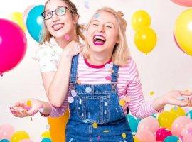 5 بازی محبوب و سرگرم کننده برای مهمانیها و دورهمیها