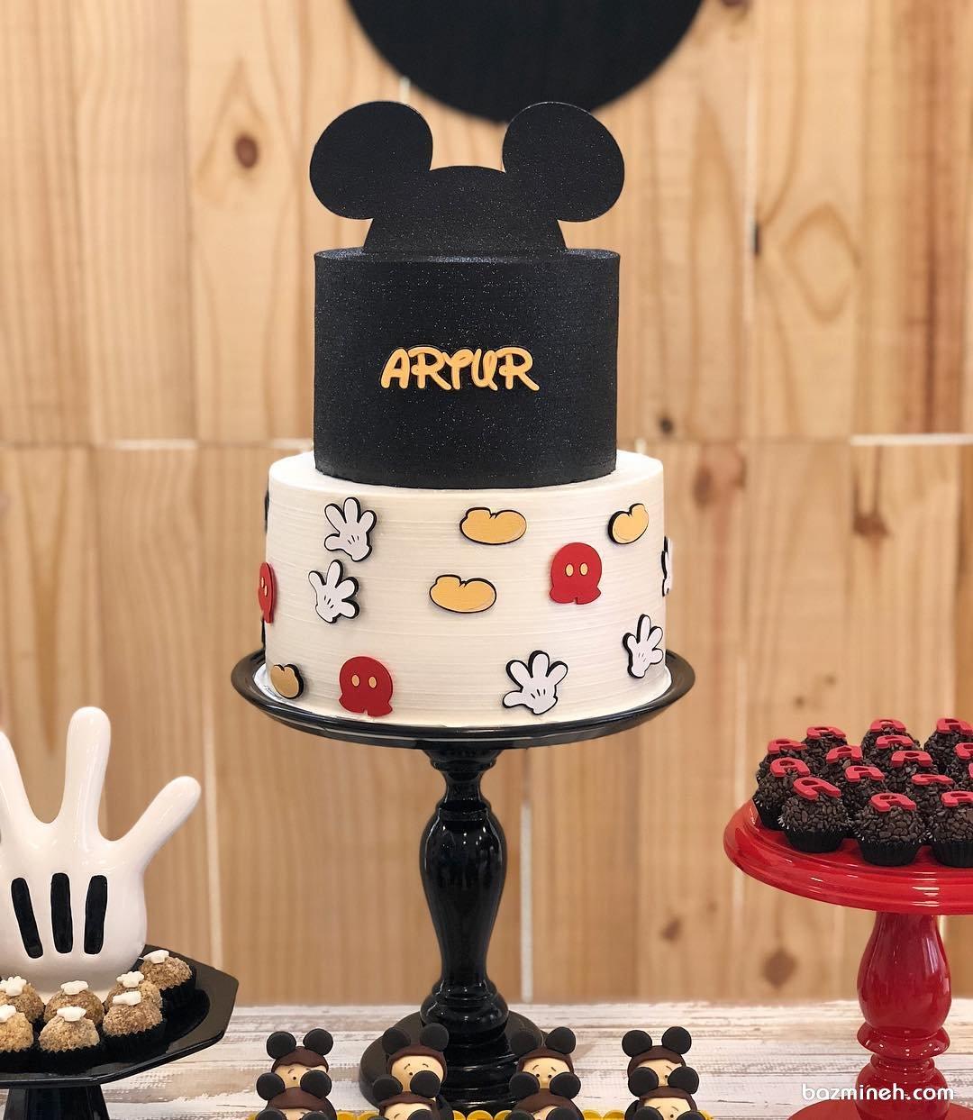 کیک دو طبقه جشن تولد کودک با تم میکی موس (Mickey Mouse)