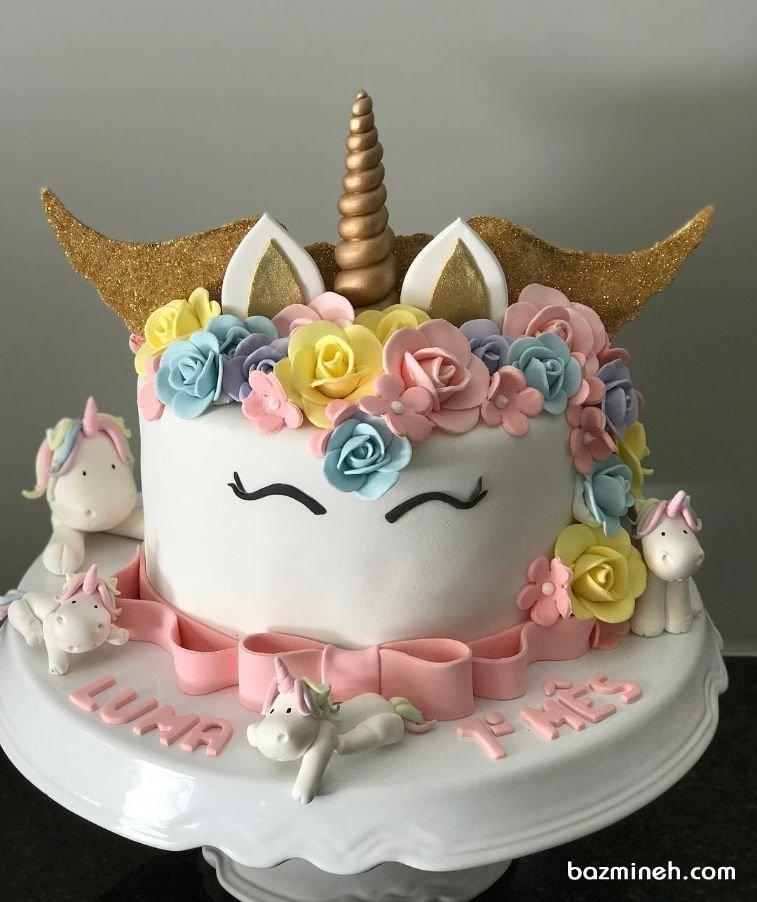 کیک فوندانت جشن تولد دخترونه با تم اسب تک شاخ (Unicorn)