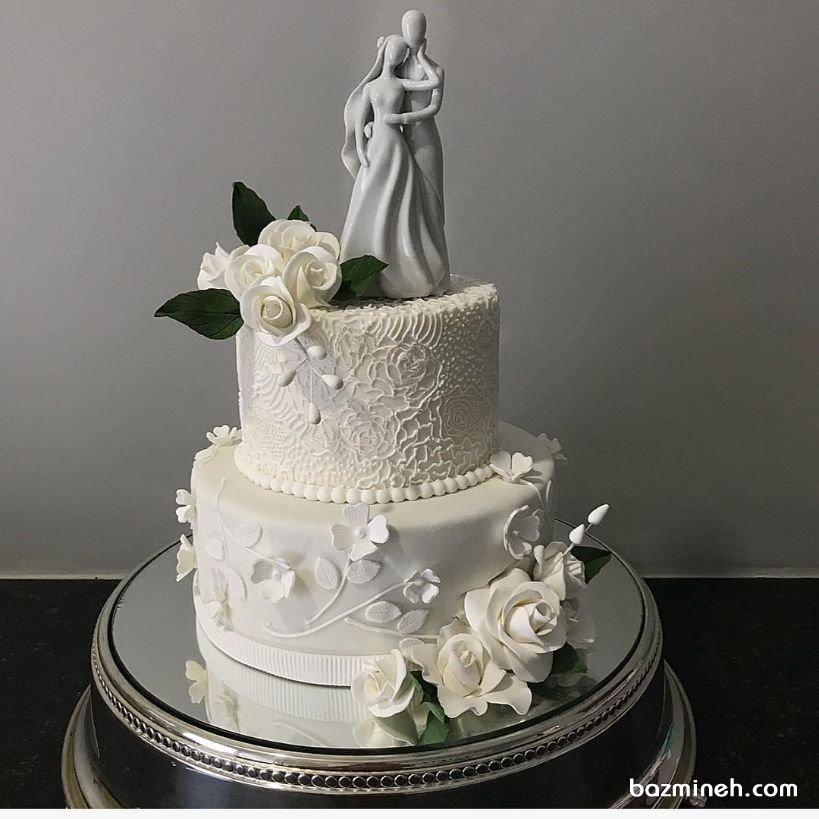 کیک دو طبقه جشن نامزدی یا سالگرد ازدواج