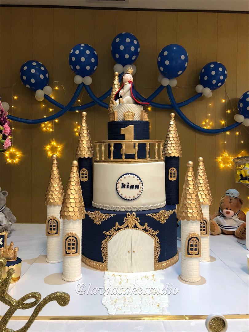 کیک تولد و عروسی لاویا
