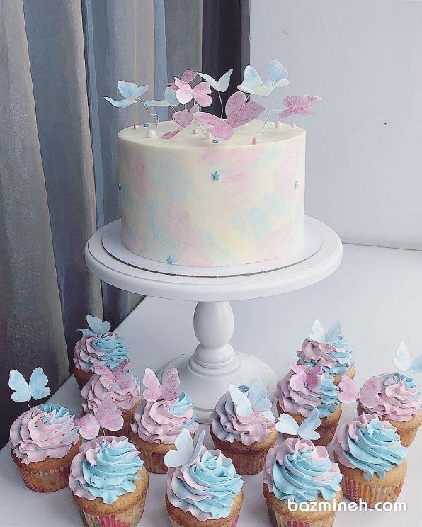 کیک و کاپ کیک های رویایی جشن تولد دخترونه با تم پروانههای رنگی