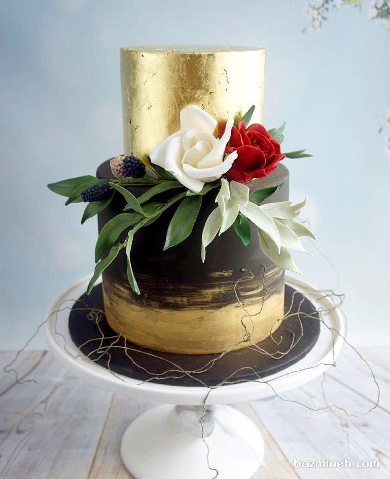 کیک دو طبقه جشن تولد بزرگسال یا سالگرد عروسی با تم مشکی طلایی