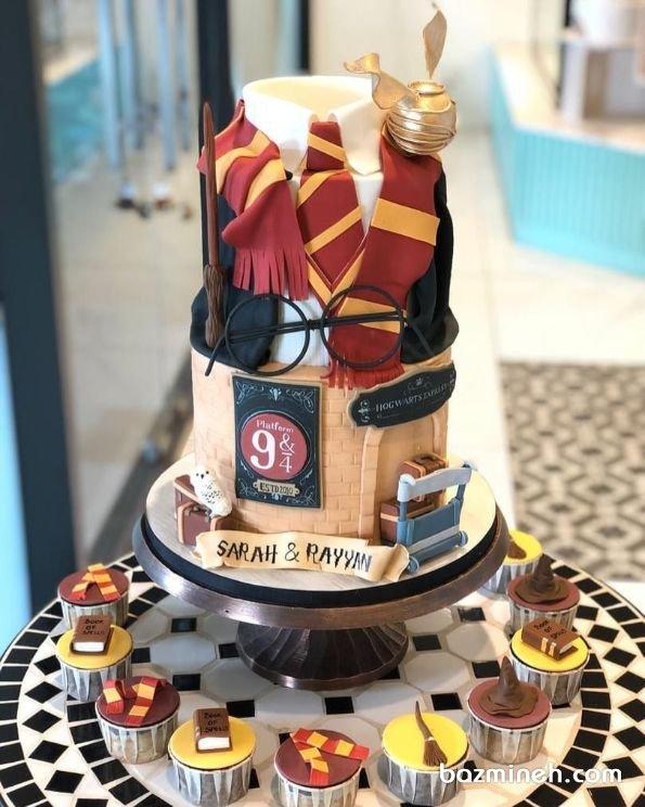 کیک دو طبقه فوندانت جشن تولد کودک با تم هری پاتر
