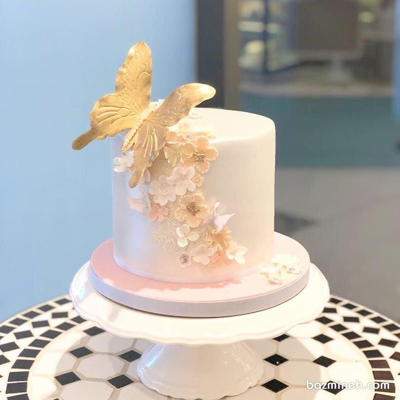 مینی کیک ساده و رویایی جشن تولد دخترونه با تم گل و پروانه