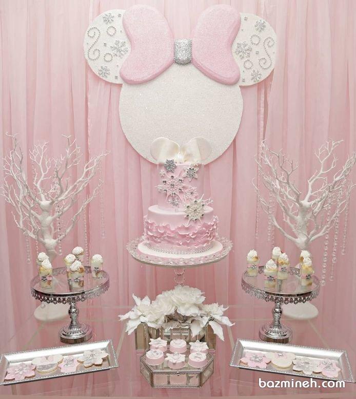 دکوراسیون رمانتیک جشن تولد دخترونه با تم مینی موس (Minnie Mouse)