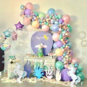 دکوراسیون و بادکنک آرایی جشن تولد دخترونه با تم رویایی یونیکورن