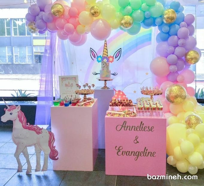 دکوراسیون و بادکنک آرایی رویایی جشن تولد دخترونه با تم یونیکورن (Unicorn) و رنگهای پاستلی