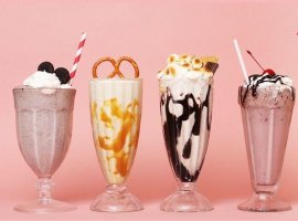 12 مدل نوشیدنی و اسموتی خوشمزه برای مهمانی ها