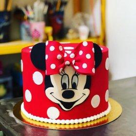 کیک جشن تولد دخترونه با تم مینی موس (Minnie Mouse)