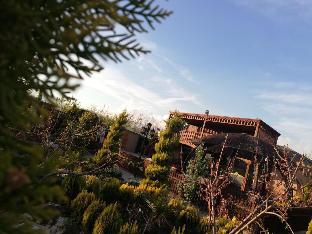 باغ تالار چوبی