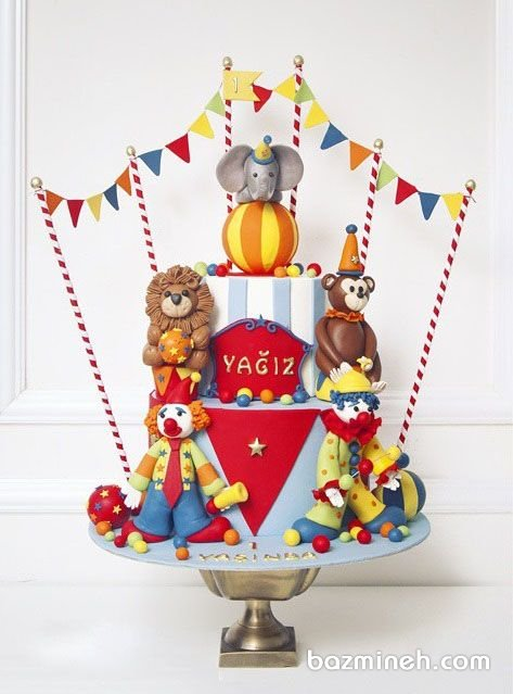 کیک فوندانت جشن تولد کودک با تم سیرک و دلقک