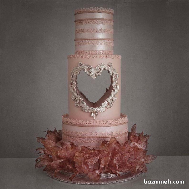 کیک چند طبقه خاص جشن نامزدی یا عروسی