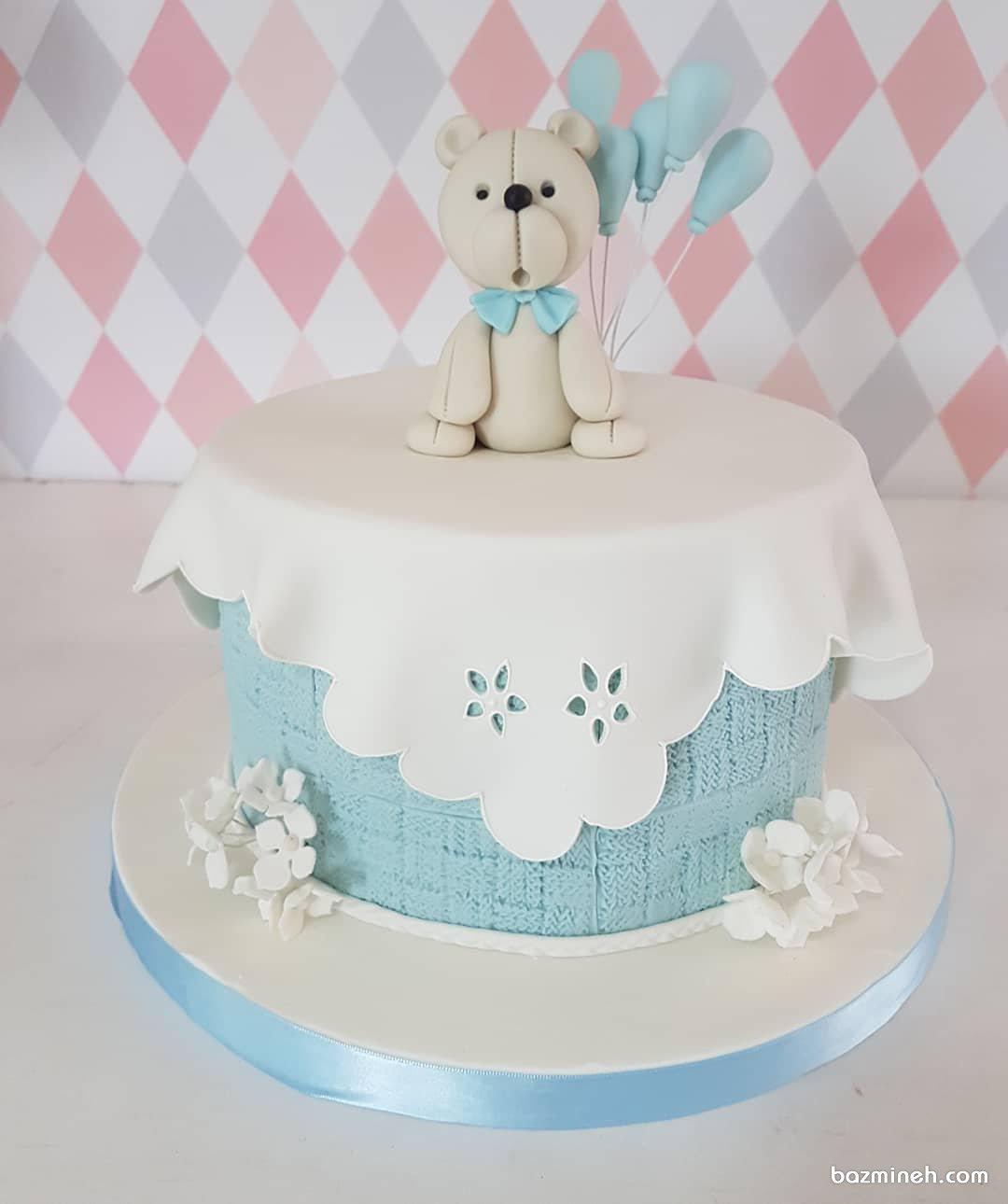 مینی کیک بامزه جشن تولد پسرونه یا تعیین جنسیت با تم خرسی آبی سفید