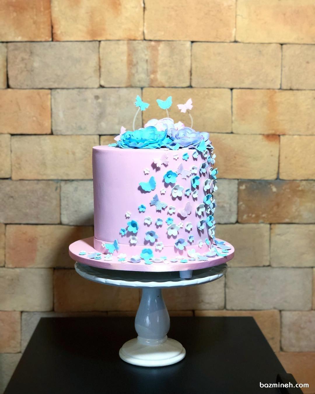 کیک فانتزی جشن تولد دخترونه با تم گل و پروانه