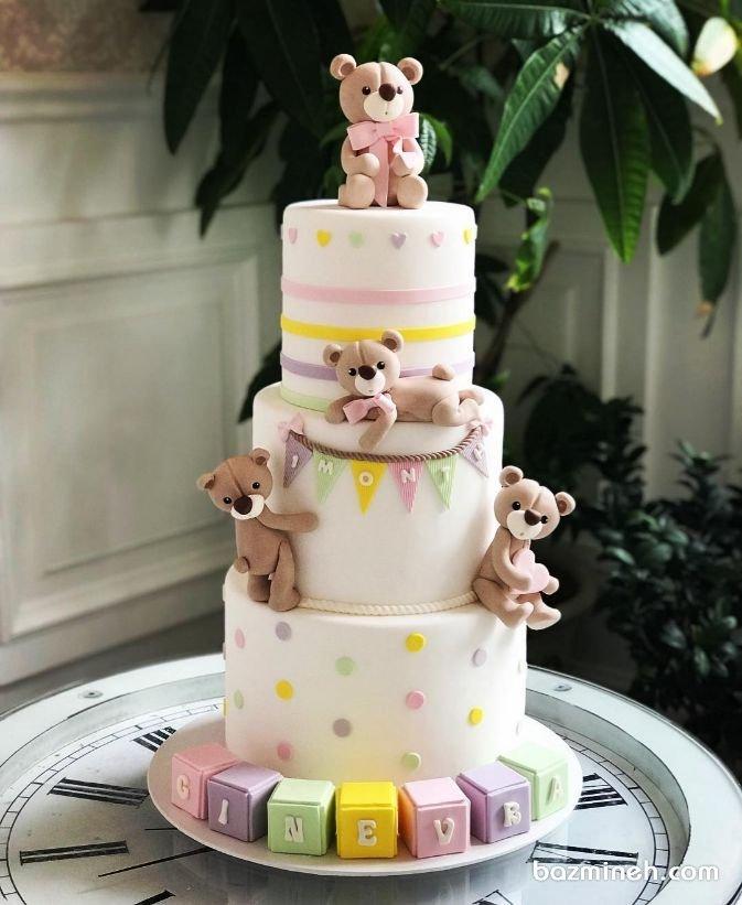 کیک سه طبقه فوندانت جشن تولد کودک با تم خرس تدی