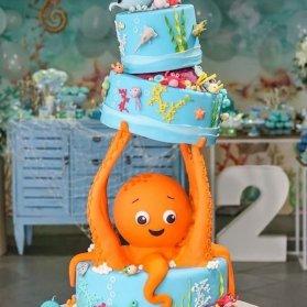 کیک چند طبقه متفاوت جشن تولد کودک با تم هشت پا