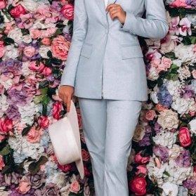 ست کت و شلوار زنانه آبی فیلی رنگ پیشنهادی جالب برای عروس خانمها در مراسم خواستگاری یا بلهبرون