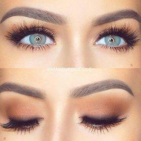 مدل آرایش چشم با لنز رنگی و مژه مصنوعی