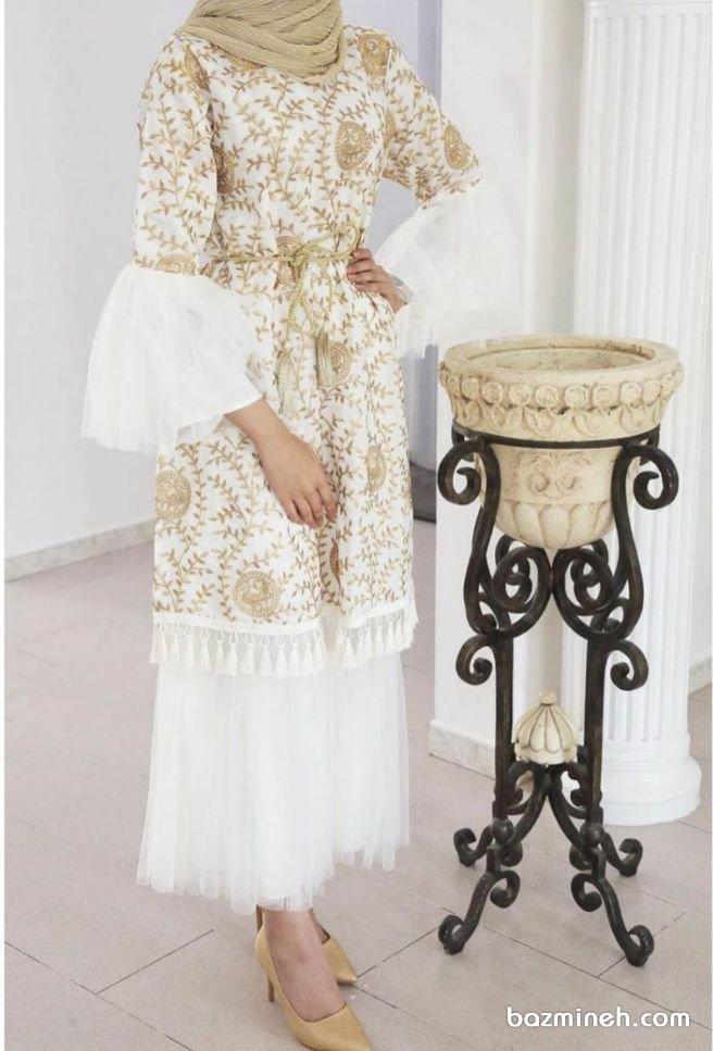 مانتو عقد و دامن بلند ست توری سفید رنگ با آستینهای پفی مدلی زیبا برای عروس خانمها در مراسم عقد محضری