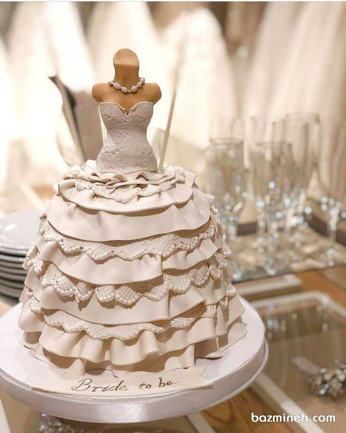 کاپ کیک فوندانت طرح لباس عروس